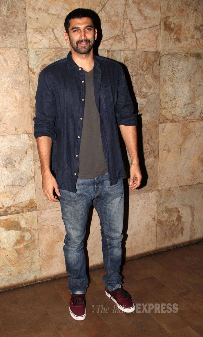 The actor was casual in a shirt over a tee and denims with sneakers. (Photo: Varinder Chawla)