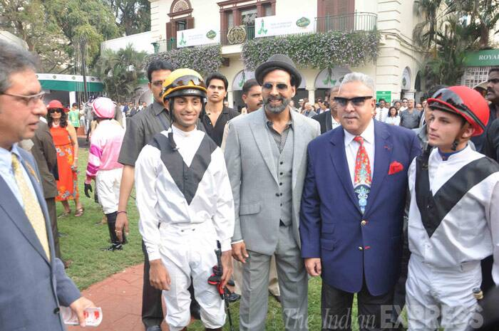 King of goodtimes, Vijay Mallya makes an entrance along with Akhsay Kumar at his side. (Photo: Varinder Chawla)