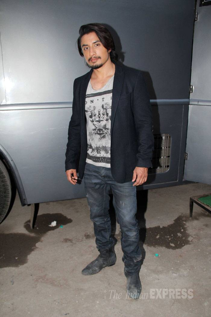 Her co-star Ali Zafar was semi casual in a blazer and denims as he posed for the cameras during  the promotional event.  (Photo: Varinder Chawla)