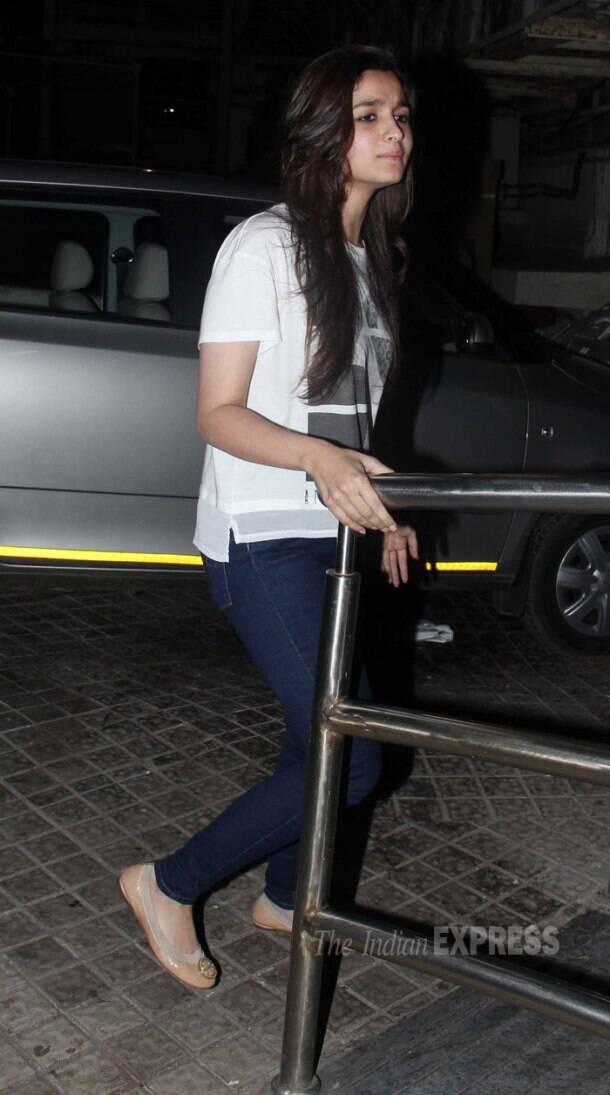 Alia Bhatt watches Highway with family, grandparents and rumoured beau's sister