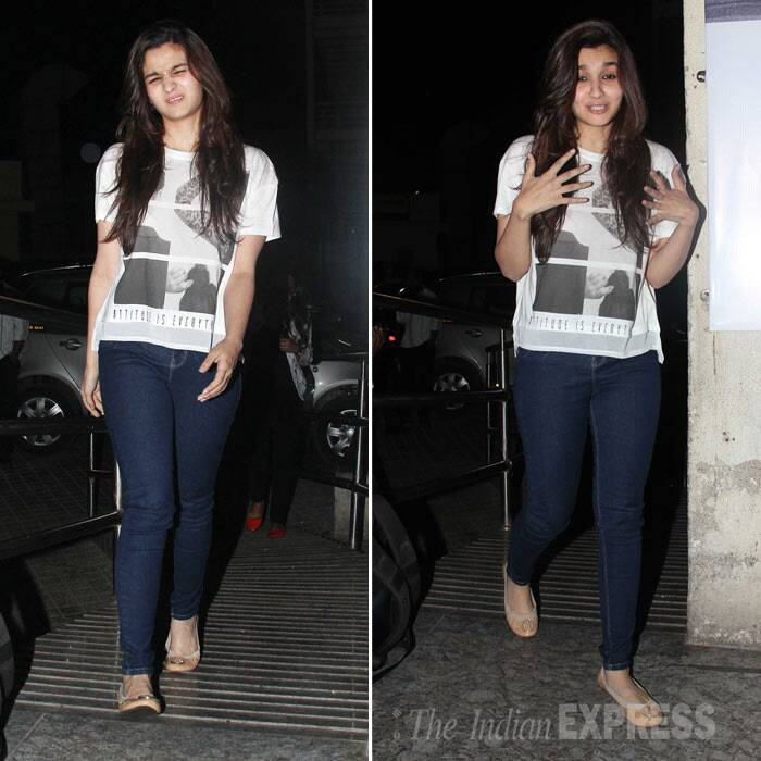 Alia Bhatt Watches Highway With Family Grandparents And ...