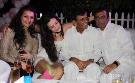 Ameesha Patel's  'oops moment' at movie bash
