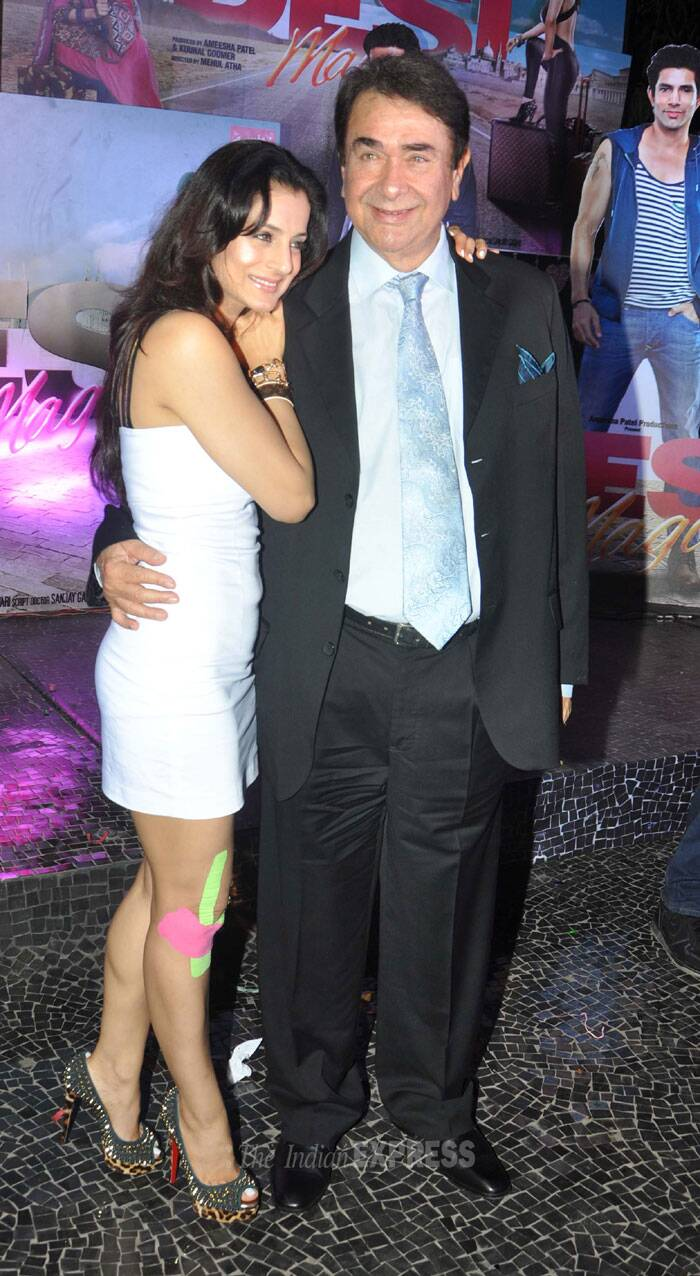 Ameesha  with Randhir Kapoor. (Photo: Varinder Chawla)