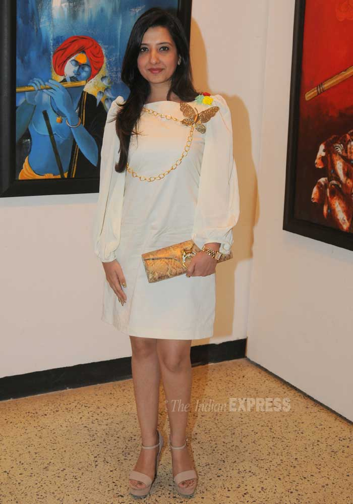 Amy Billimoria was chic in the white tunic with gold shoulder accessories. (Photo: Varinder Chawla)