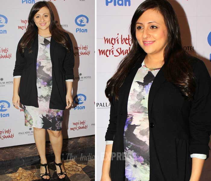 Imran Khan's wife Avantika shows off baby bump