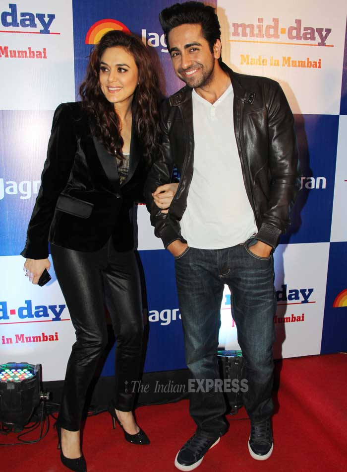 Ayushmann is goofing with actress Preity Zinta. <br /> Preity Zinta rocked a formal look at the event. (Photo: Varinder Chawla)