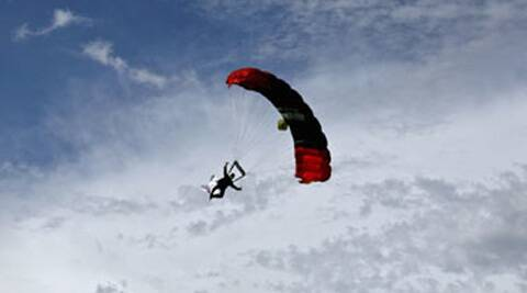 Top executives of the Indian Skydiving and Parachute Association (ISPA) arrested for not following  safety procedures. (Photo: Reuters)
