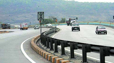 The Mumbai-Pune Expressway is notorious for a very high number of accidents. (Express)