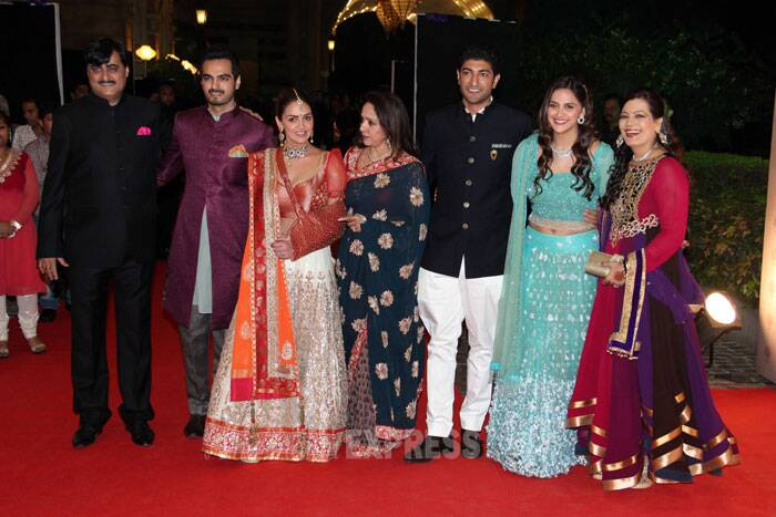 Bollywood actors Hema Malini and Dharmedra hosted a grand 'sangeet' ceremony for their younger daughter Ahana and Vaibhav Vora on February 1 in Mumbai, which was attended by the who's who of the film industry. (Photo: Varinder Chawla)