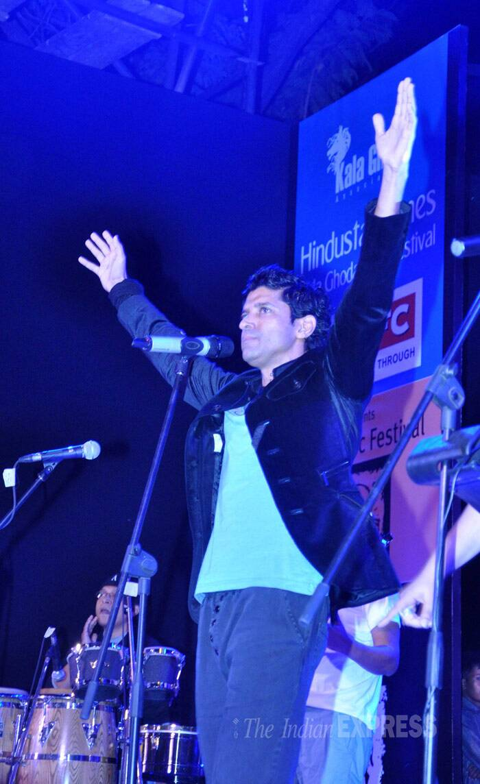Farhan Akhtar, who is known to be quite a musician as well, performed live at the Kala Ghoda Festival Arts in Mumbai. (Photo: Varinder Chawla)