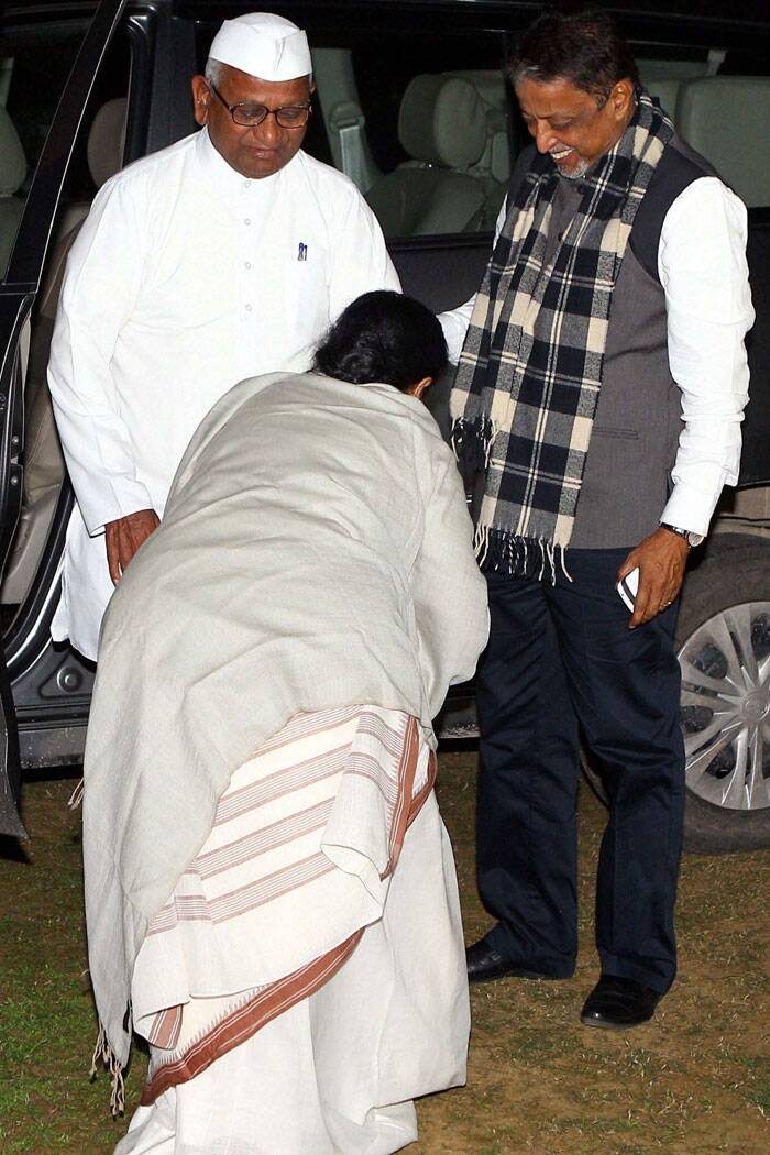 West Bengal Chief Minister Mamata Banerjee seeks blessing of Social activist Anna Hazare during their meeting in New Delhi. (PTI)