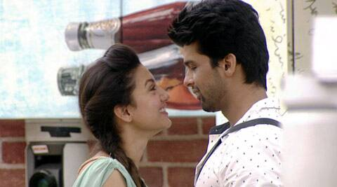 The 30-year-old actress, who will again be seen with Kushal in upcoming TV show 'Khatron Ke Khiladi' after their stint in 'Bigg Boss', says she does not need any reality show to keep their relationship going.