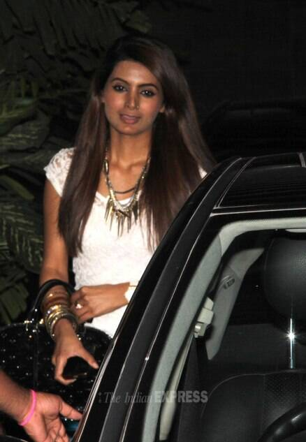 Sachin Tendulkar, wife Anjali's dinner date with Harbhajan and girlfriend Geeta Basra