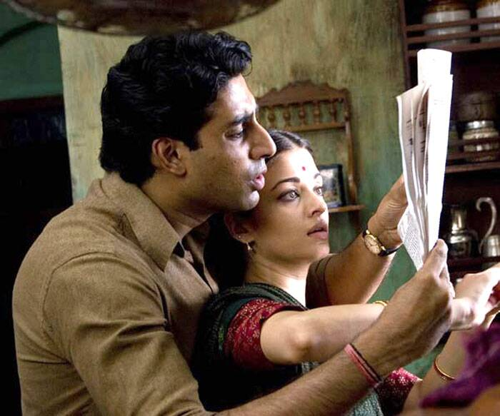In 2007, Abhishek Bachchan then appeared in Mani Ratnam's 'Guru' along with Aishwarya Rai. The biographical film loosely based on the life of late industrialist Dhirubhai Ambani, received extremely positive reviews, both from critics and audiences. <br /><br /> Abhishek Bachchan's performance garnered much praise and acclaim, earning him the Filmfare Award for Best Actor.