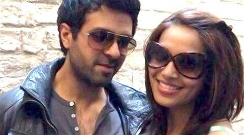Bipasha Basu is dating Harman Baweja.