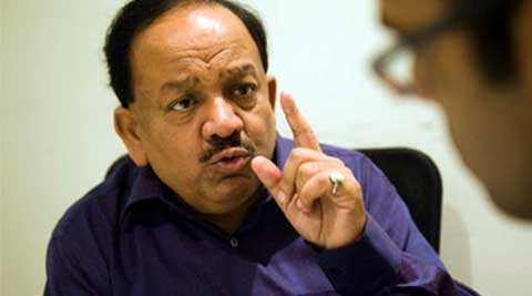"Harshvardhan also hit out at Kejriwal saying the AAP leader now ""aspires to become the prime minister"" and was ""fooling the poeple""."