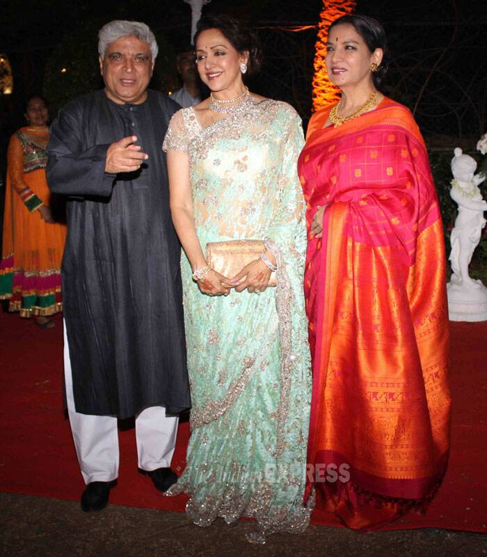 Hema Malini poses with Shabana Azmi and Javed Akhtar. (Photo: Varinder Chawla)