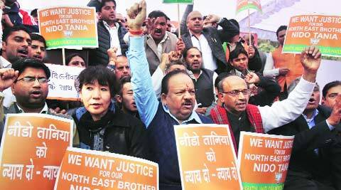 Harsh Vardhan and Vijay Goel during the protest at Rajghat. (Amit Mehra)
