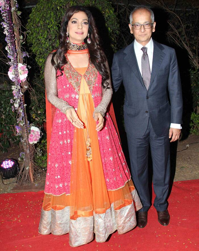 Inside pics of Ahana Deol's big fat Punjabi wedding