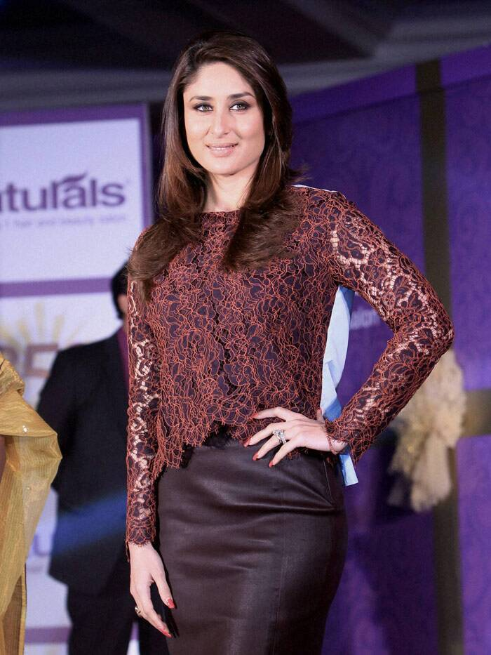 "Actress Kareena Kapoor, who was in New Delhi on Wednesday (February 12) to launch a new chain of salons, says she does not follow any particular beauty regime but avoids using any kind of chemical on her face. <br /> ""I don't follow any particular regime as such. But moisturisation is important for me as I have a dry skin. I don't use any chemical on my face. I do pilates to keep myself fit,"" she said. (PTI)"