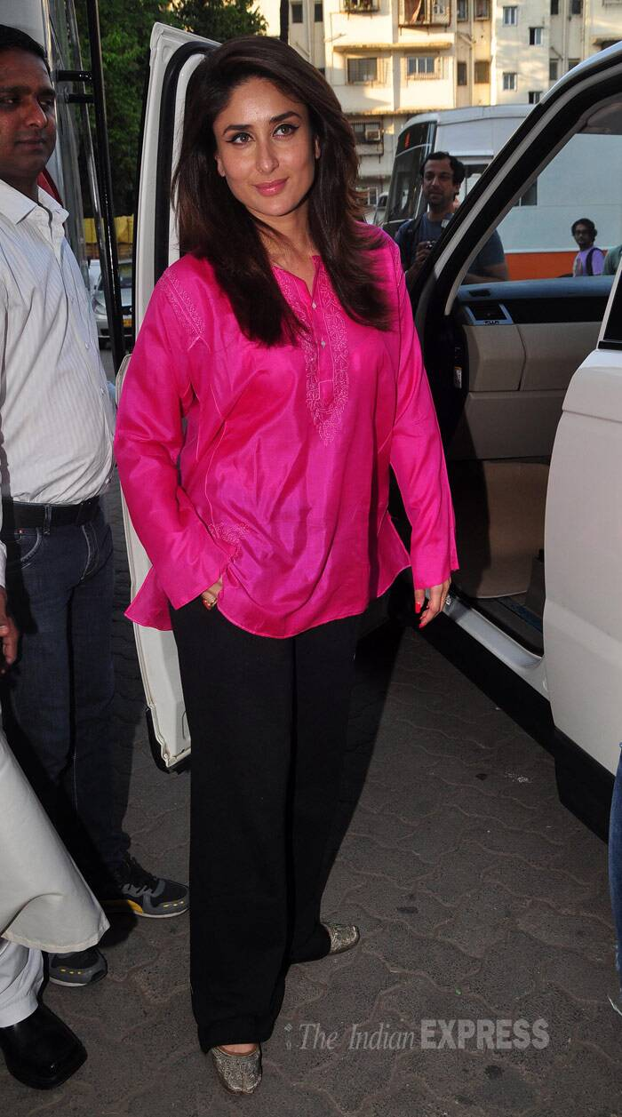 It was a quick change to pink kurta and black pants after the shoot for Mrs Khan. (Photo: Varinder Chawla)