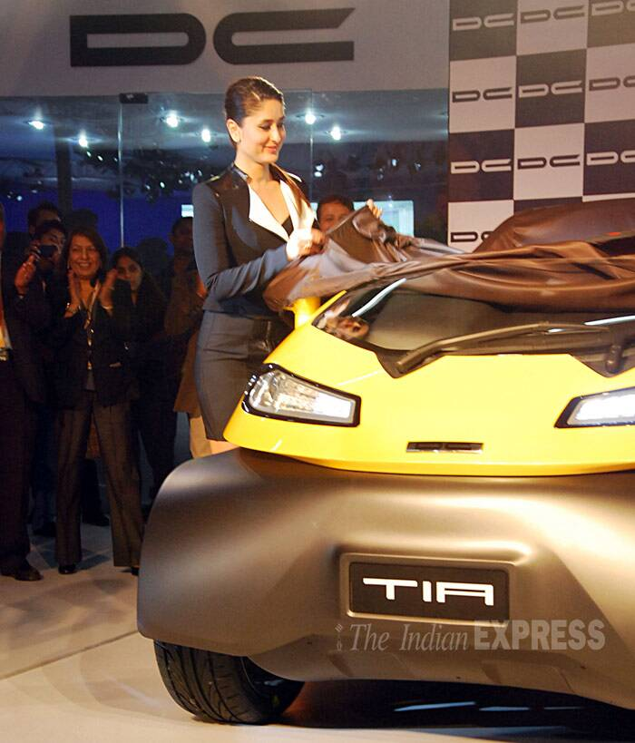 Kareena Kapoor styles up for Auto Expo 2014