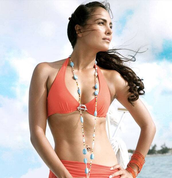 Former Miss Universe Lara Dutta may be busy playing mommie to her year old Saira but we cant still forget her perfectly toned bikini body in the 2009 movie Blue.