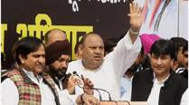 Aam Aadmi Party dealing in lies, Kejriwal quit for national ambitions: Congress
