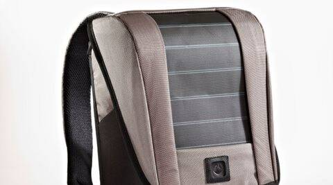 Lumos unPlug solar backpack costs Rs 4,999