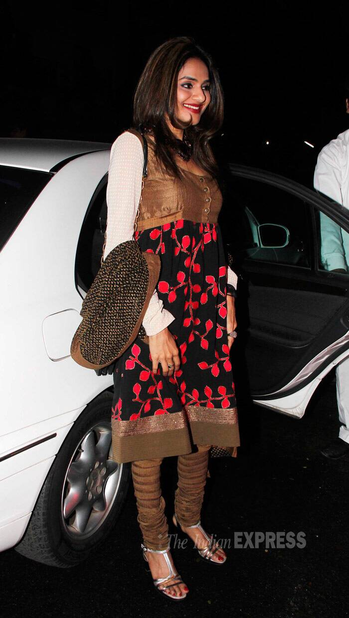 Actress Madhoo went desi in a printed churridar. (Photo: Varinder Chawla)