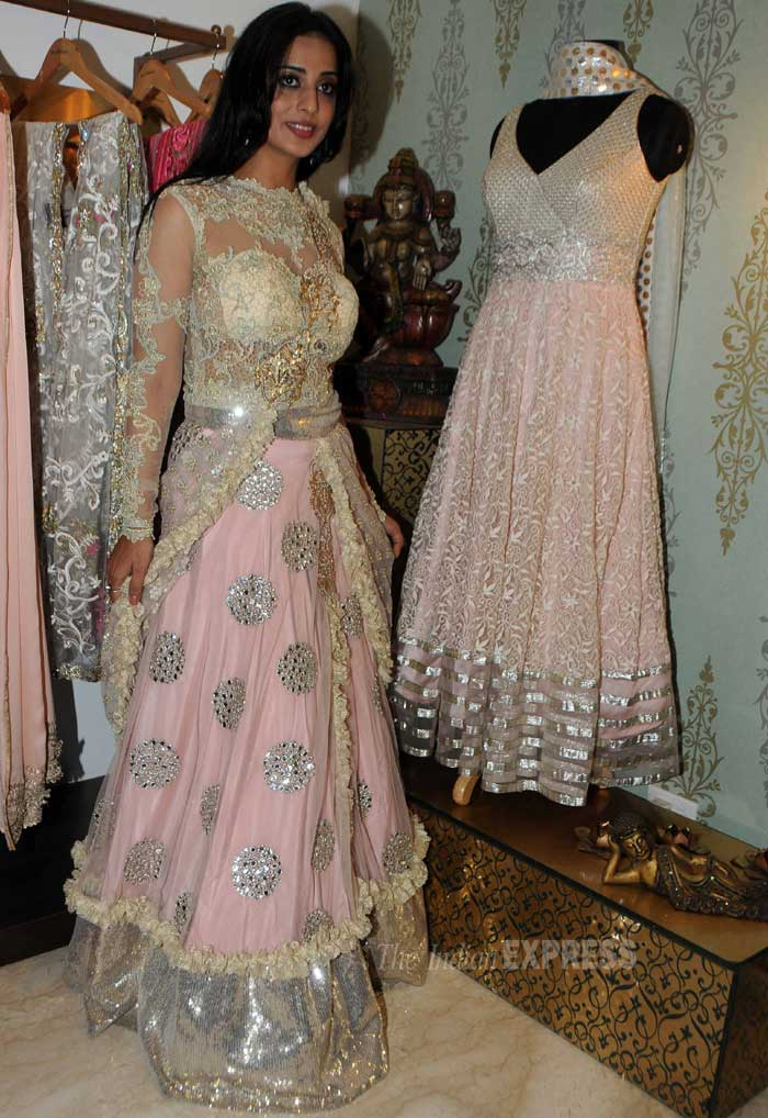 Actress Mahie Gill, who will soon be seen in ghost comedy 'Gangs of Ghosts', was stunning in a blush coloured rich lehenga creation by designer Amy Billimoria. (Photo: Varinder Chawla)