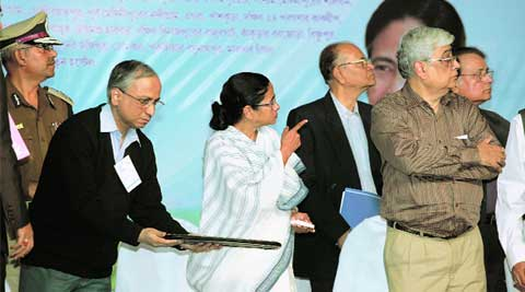Mamata inaugurates India's first Cord Blood Bank at School of Tropical Medicine, Kolkata, Thursday