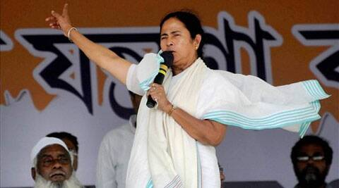 Mamata Banerjee dropped hints of her ambition saying she had experience of working at the Center.(PTI)