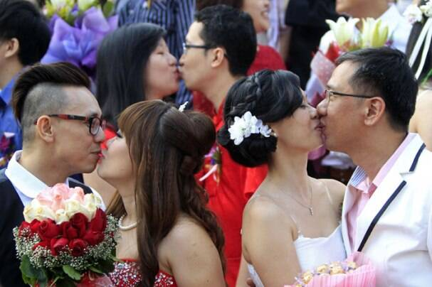 Happy Valentine's Day: Couples celebrate the day of love