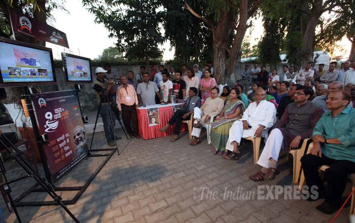 Narendra Modi says he will bring special schemes to benefit the salaried class. I will return 5-10 per cent of their tax as 'gift'. Narendra Modi says he will bring back all the black money that is stashed abroad. (IE Photo: Bhupendra Rana)
