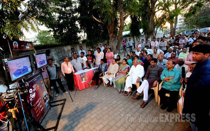 Bharatiya Janata Party (BJP) Prime Ministerial candidate Narendra Modi is interacting with people from several cities across the country as part of his 'Chai pe Charcha' programme. At the onset of the programme, the Gujarat Chief Minister talked about the importance of good governance in a country. (IE Photo: Bhupendra Rana)