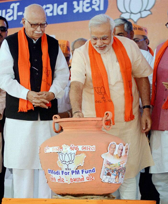 Narendra Modi, LK Advani pitch in 'Modi-for-PM' fund
