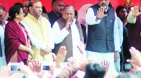 Samjawadi Party chief Mulayam Singh Yadav gestures during a traders' rally at Hazratgunj crossing, in Lucknow on Sunday. Pramod Singh