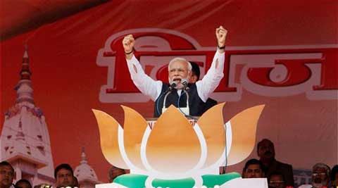 Modi  Hits back at Sonia, says Cong sowing seeds of poison