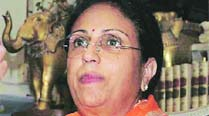 Parties try to woo Wodeyar widow to contest from Mysoreseat