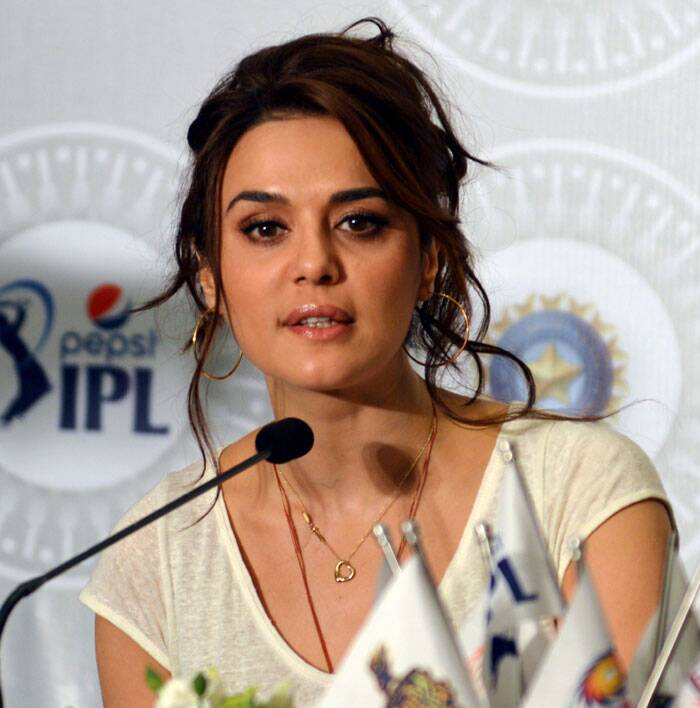 Preity Zinta wore her team Kings XI Punjab T shirt for the auction. (IE Photo)