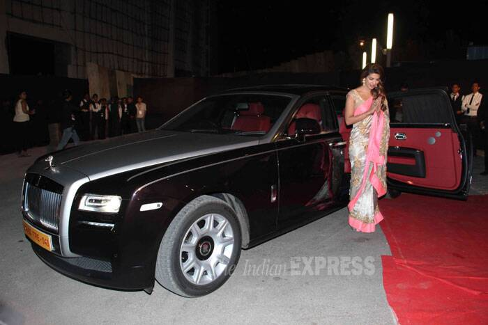 Priyanka Chopra made quite an entrance at the award show when she arrived in her customised Rolls-Royce worth Rs 2 crore. (Photo: Varinder Chawla)