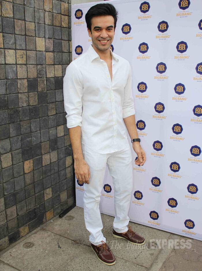 Director Punit Malhotra opted for a full-white avatar. (Photo: Varinder Chawla)