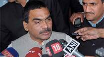 Parliament Street police receive complaint against Rajagopal andVenugopal