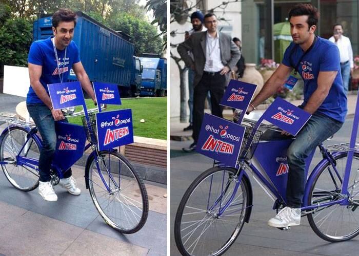 Here comes Bollywood's blue-eyed boy riding his bicycle. (Photo: Twitter)