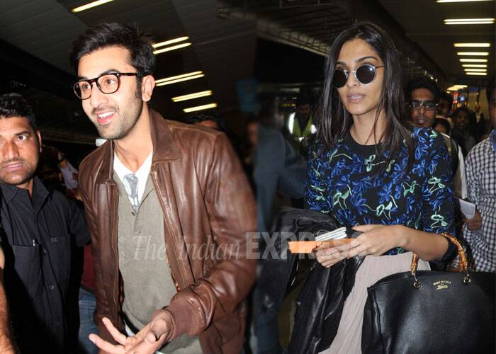 We all remember how Sonam Kapoor had said that she did not find her 'Saawariya' co-star Ranbir Kapoor 'sexy'. The comment did not do well with Ranbir's father, veteran actor Rishi Kapoor, who reportedly took up the issue with Sonam Kapoor last month at her cousin Arjun Kapoor's birthday bash hosted by the actress! But, Sonam and Ranbir seem to have moved on and are getting along well. Ranbir Kapoor's father Rishi Kapoor is playing Sonam's onscreen dad in Bewakoofiyan. (Photo: Varinder Chawla)