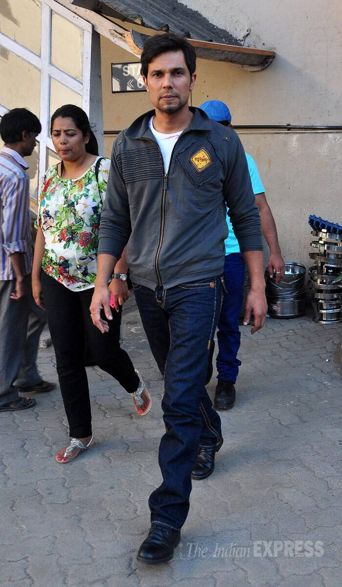 Randeep Hooda, who was last seen on screen in 'Murder 3', was casual in jeans and his 'Highway' jacket. (Photo: Varinder Chawla)