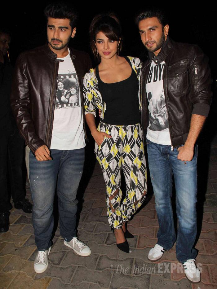 Priyanka Chopra along with her 'Gunday' boys Ranveer Singh and Arjun Kapoor promoted their upcoming crime thriller on the sets of reality dance show, 'Boogie Woogie.' <br /><br /> 'Gunday'. directed by Ali Abbas Zafar will release this Valentine's Day – February 14. (Photo: Varinder Chawla)