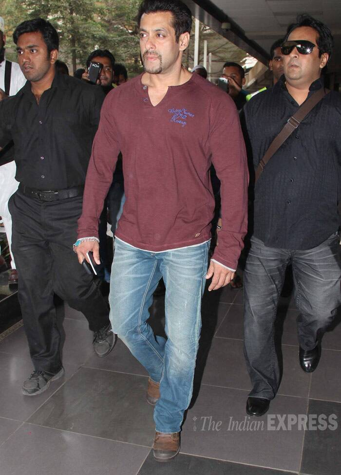 The actor was returning from Dubai where he attended the Celebrity Cricket League match. (Photo: Varinder Chawla)
