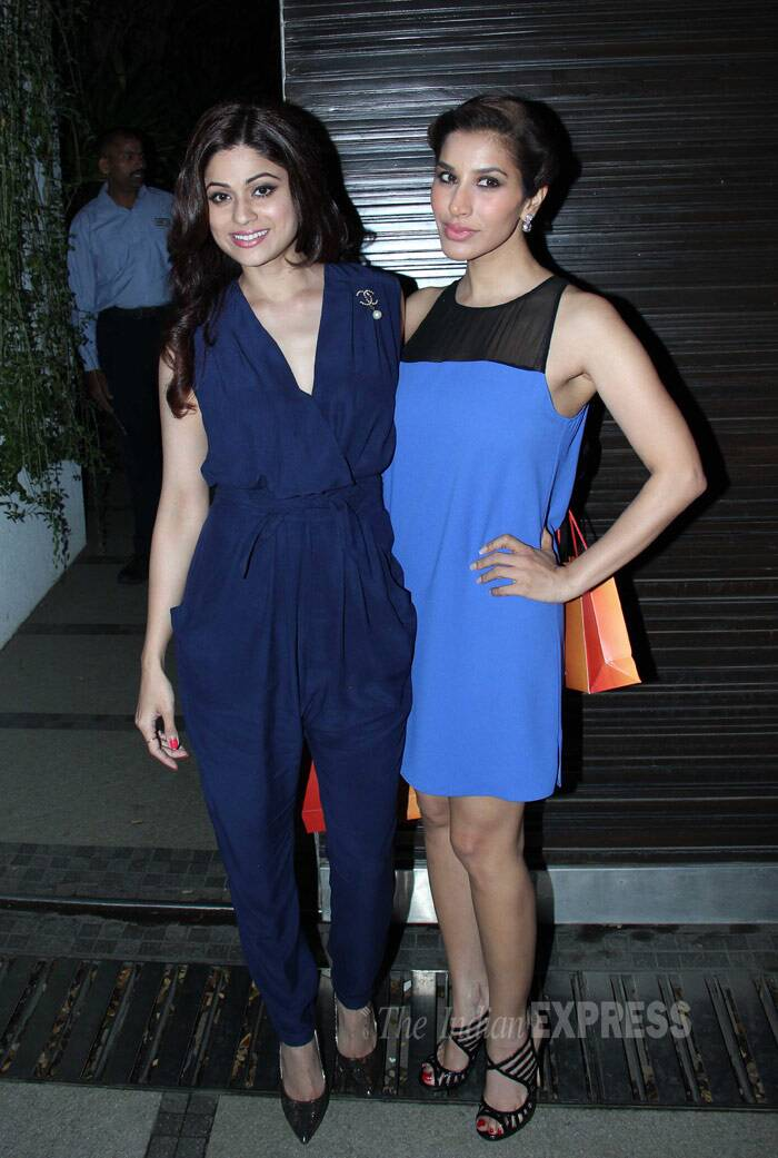 Hot chics - Shamita and Sophie get together for the shutterbugs. (Photo: Varinder Chawla)